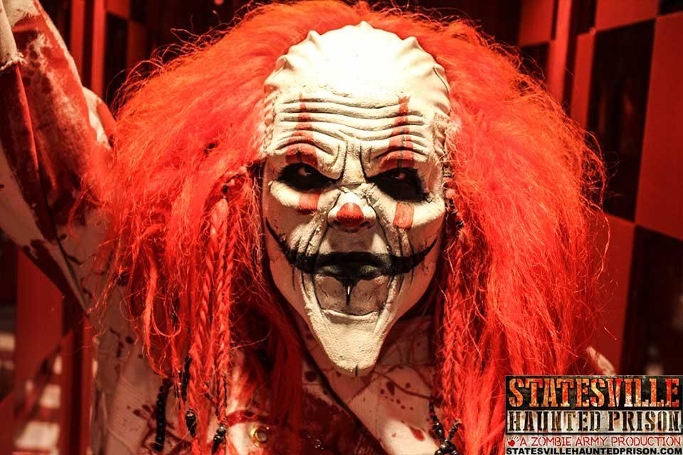 Creepy Clown Halloween Costume